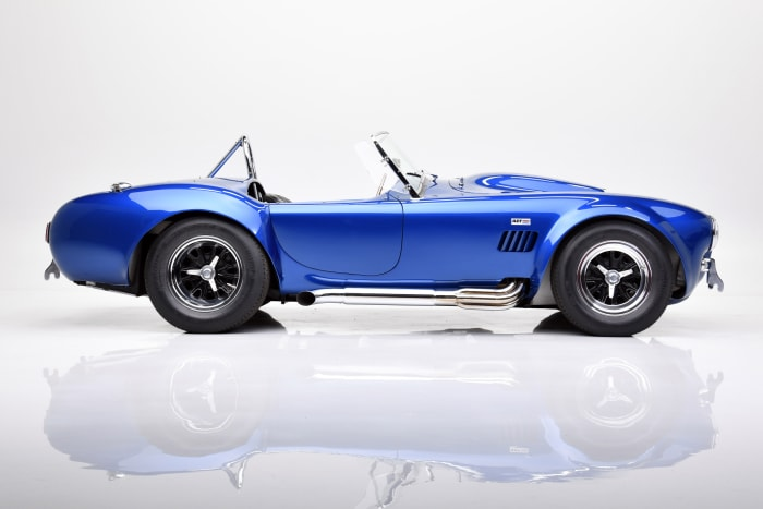 1966 SHELBY COBRA 427 SUPER SNAKE (1)