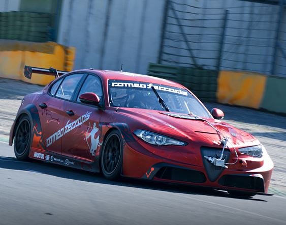 The Giulia ETCR by Romeo Ferraris completes its first test at Vallelunga