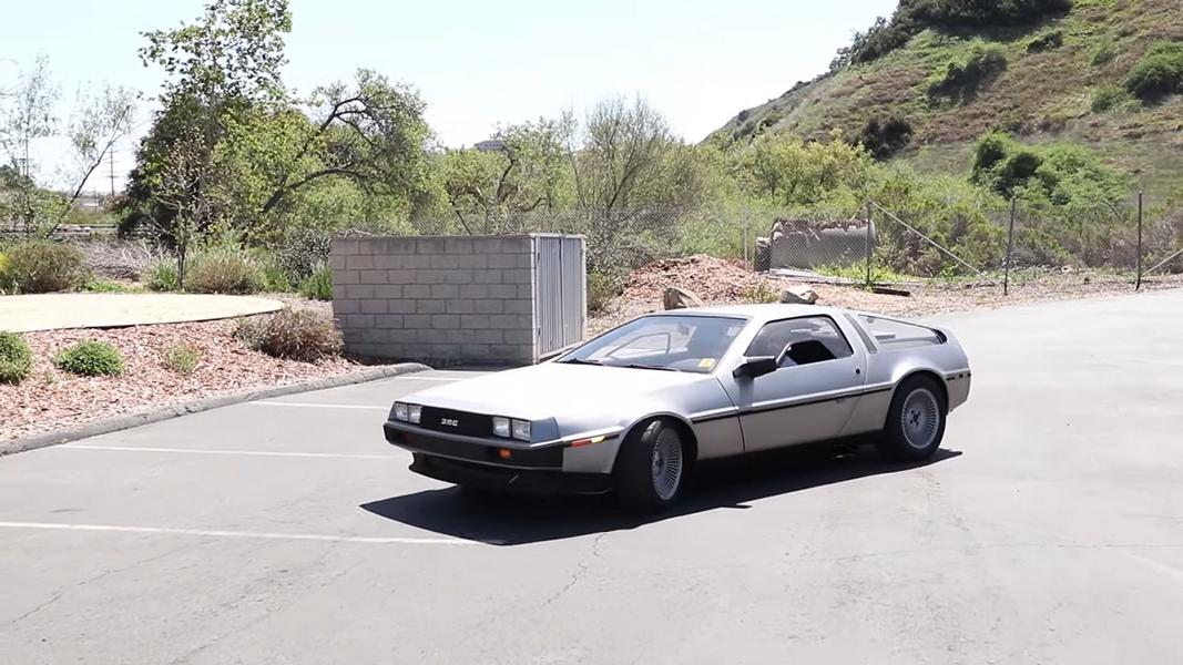The DeLorean DMC-12 surely counts among our world's most easily recognized icons thanks to Back to the Future. What fewer people remember is that it was not such a great car, only packing 130 hp (97 kW) and being rather maintenance-heavy. This example by OMD San Diego is a different story, however.