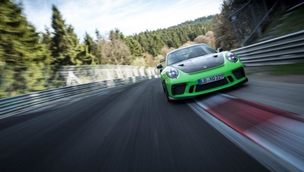 Porsche 911 GT3 RS Nurburgring new record