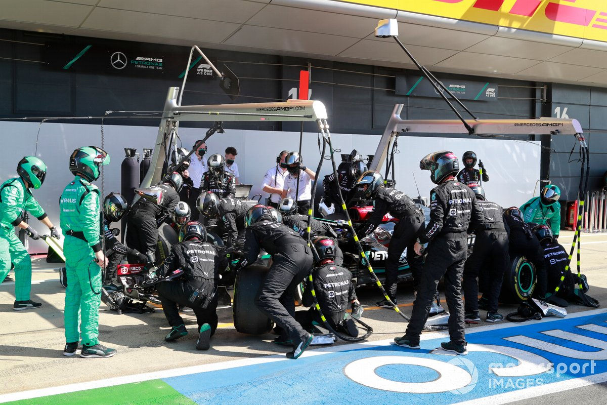 Lewis Hamilton had to sit stationary in his pitbox for 10s before his mechanics could service him