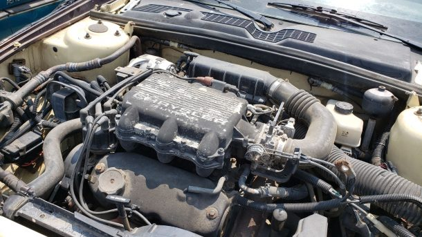 1991 Chrysler TC by Maserati in Colorado junkyard, engine - ©2021 Murilee Martin - The Truth About Cars